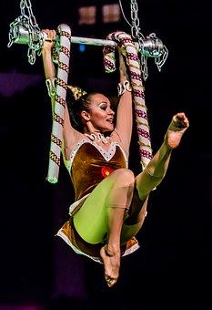acrobat-1938713__340